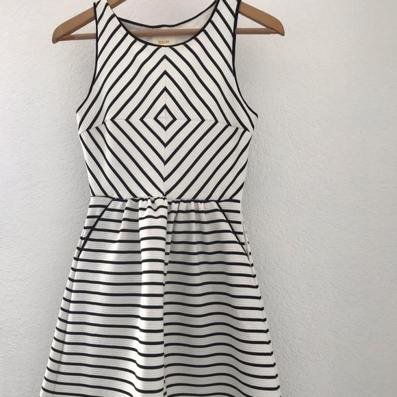 Anthropologie Dresses & Skirts - Maeve Dress from Anthropologie